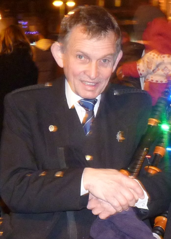 Tribute to former pipe major, Angus MacLennan
