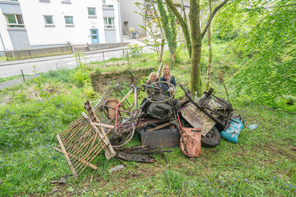 Junk busters clean-up woodland