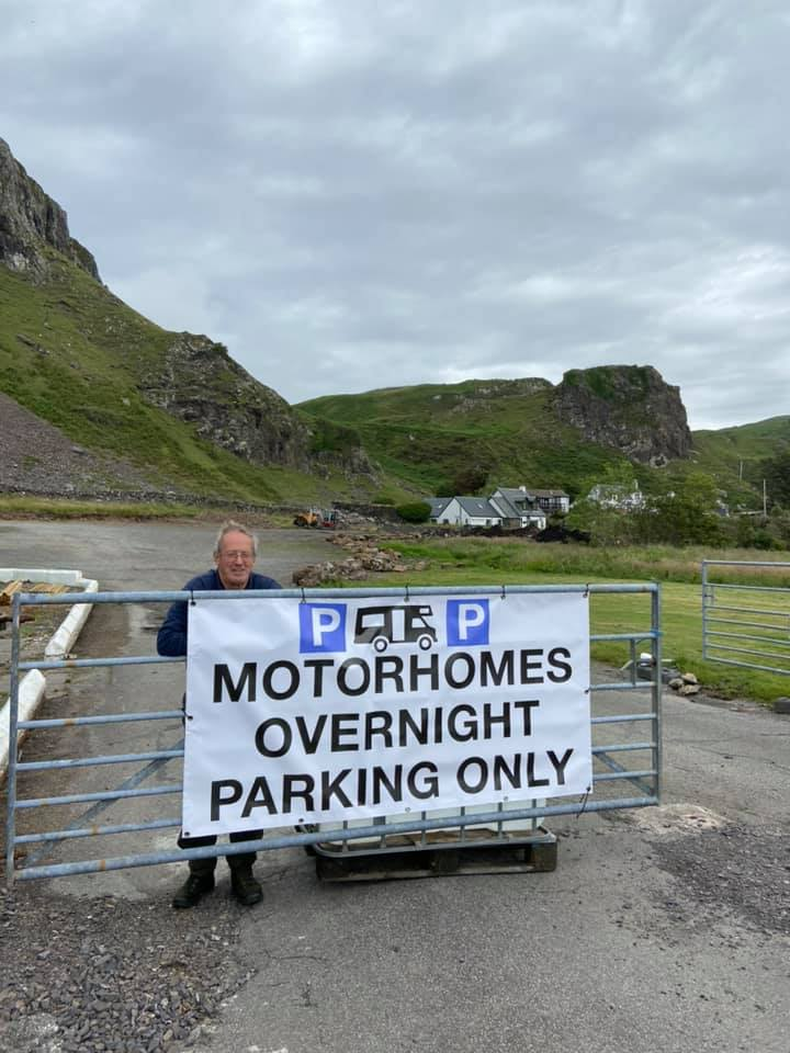 Manoeuvres for overnight motorhome parking on Seil