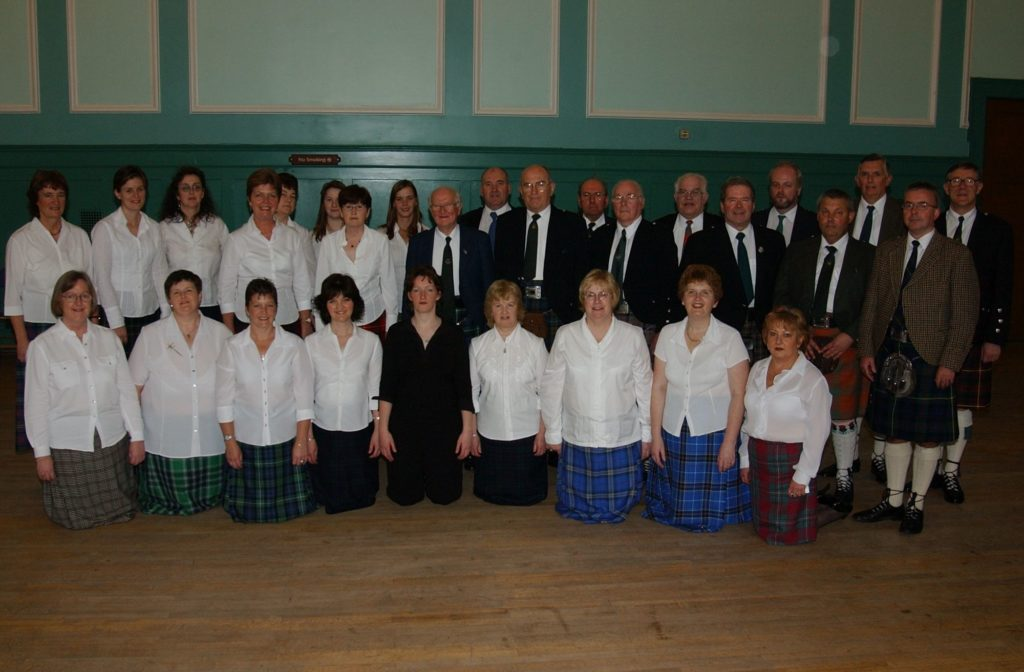 Senior Gaelic choirs at the Mod in 2004
