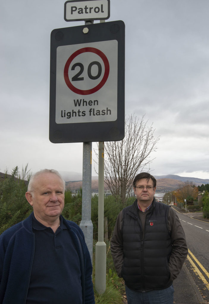 Baxter left frustrated after being 'fobbed off' over flashing 20mph school signs
