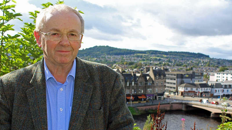 Denis Rixson is a Lib Dems councillor who currently represents Caol and Mallaig on The Highland Council. NO F48 Denis Rixson