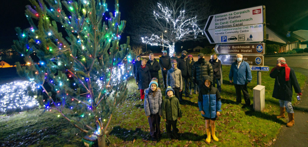 A small, socially distanced crowd attended the switch on of the Christmas tree lights at Kilmallie Community Centre. Photograph: Iain Ferguson, alba.photos NO F49 Kilmallie lights switch on