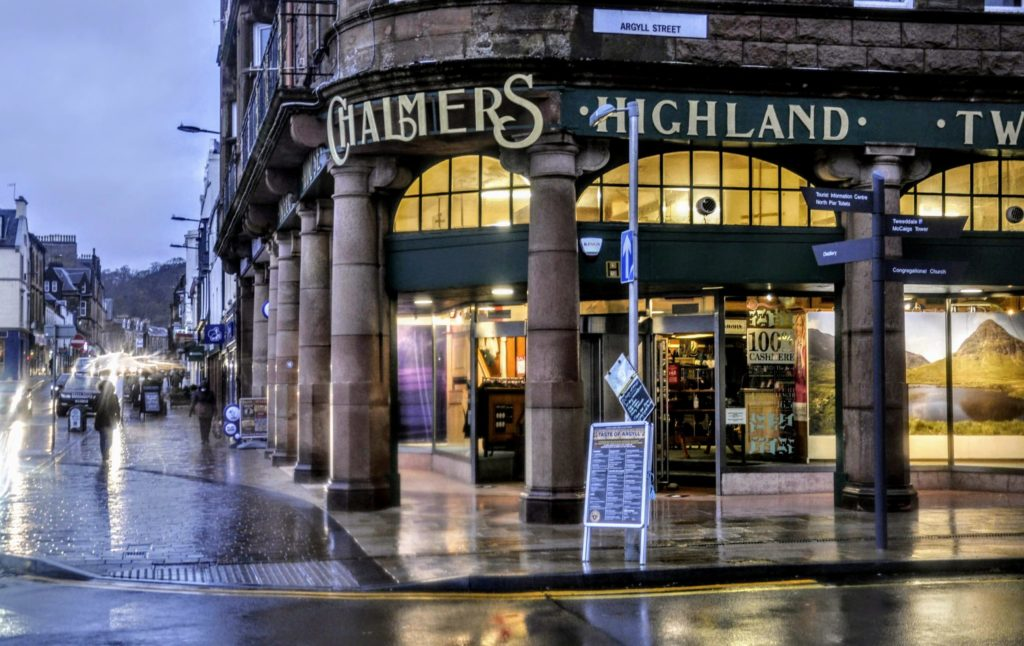 Two EWM shops to reopen in Oban