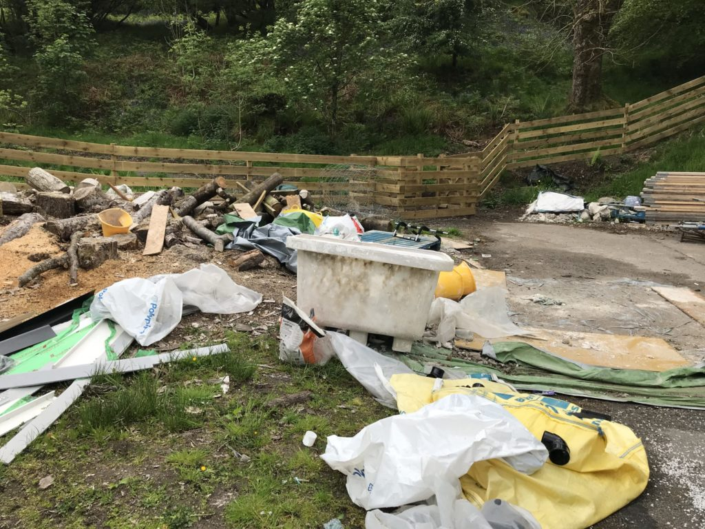 Builder's waste attracts fly tippers to Dunollie
