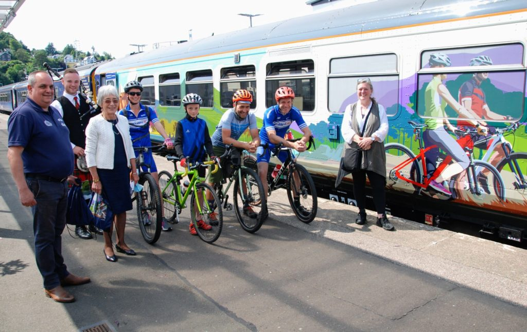 Oban welcomes 'game changing' cycle friendly train