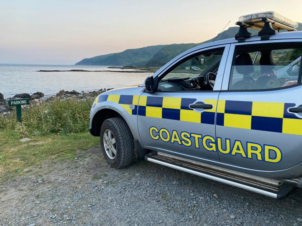 Family on Mull cut off by tide