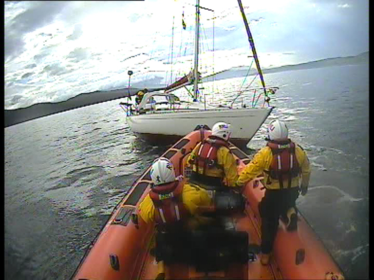Kyle RNLI respond to a mayday call from a yacht aground