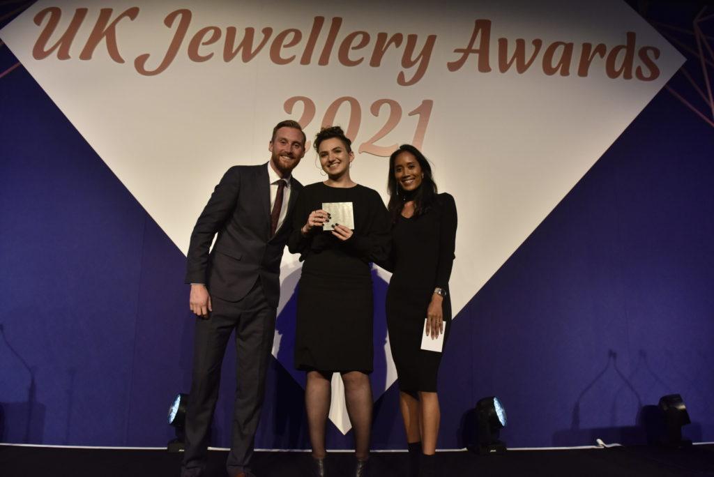 Designer Ellis dazzles jewellery judges
