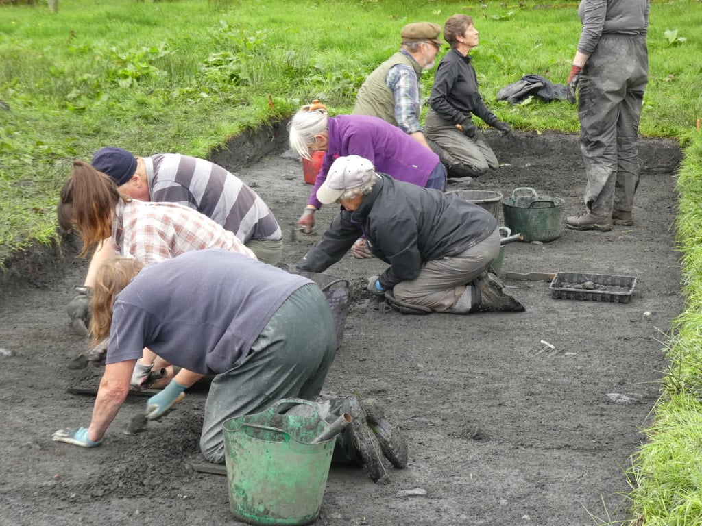 Lismore dig finds signs of island's early life ….. and death