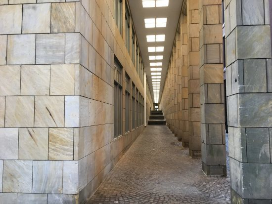 An interesting colonnade adjacent to Frankfurt's St Bartholomew Cathedral.