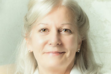 Writer Hilary Spiers headshot
