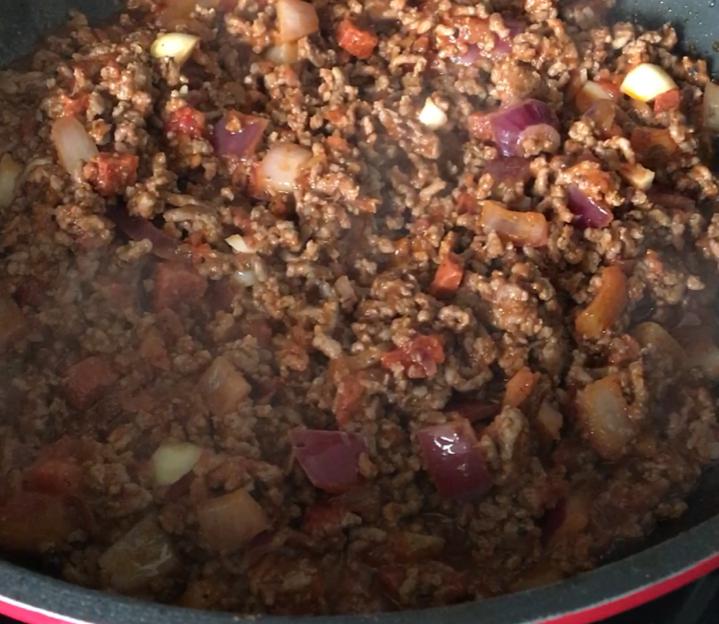 beef and chorizo lasagne