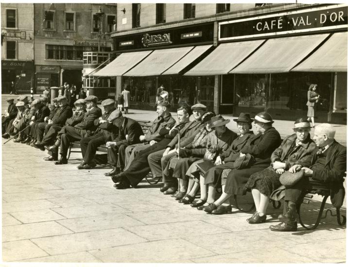City Square, Dundee, Nov 1945.