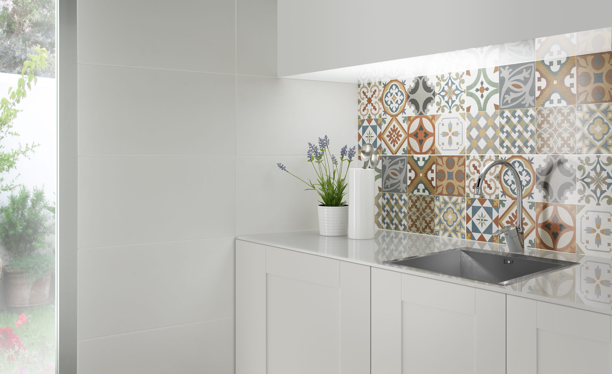 Tile trends in 2020 are big, bold and beautfiul