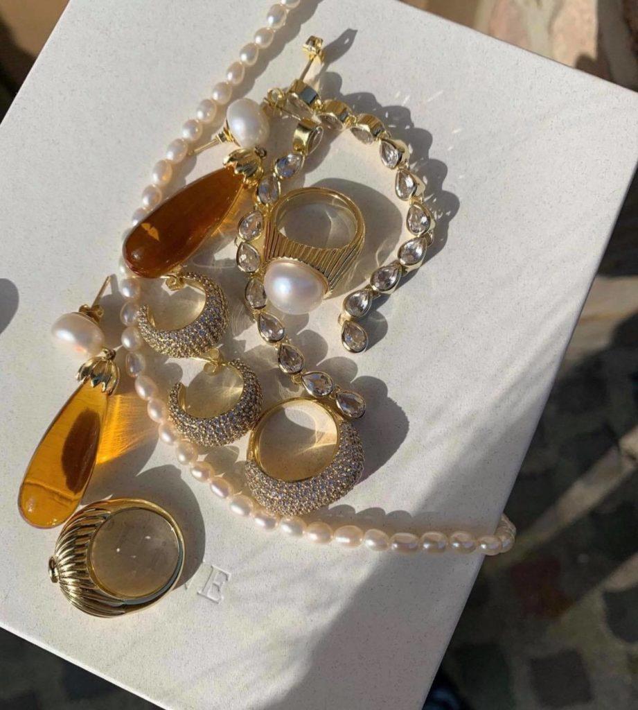 Black friday jewellery