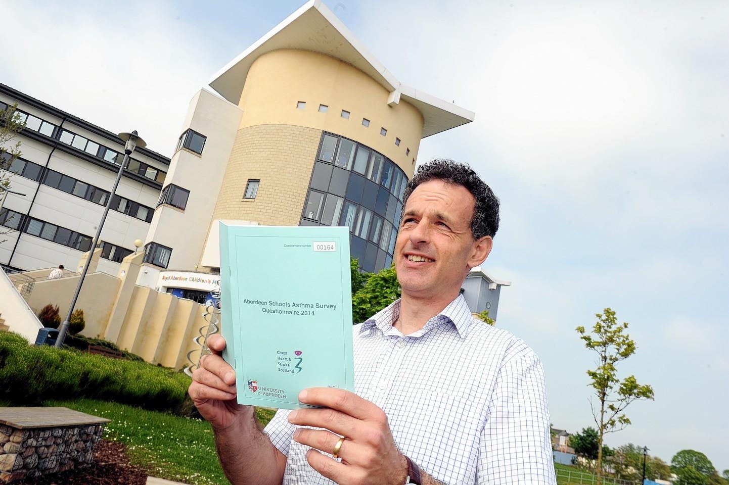 Dr Steve Turner, senior clinical lecturer in child health