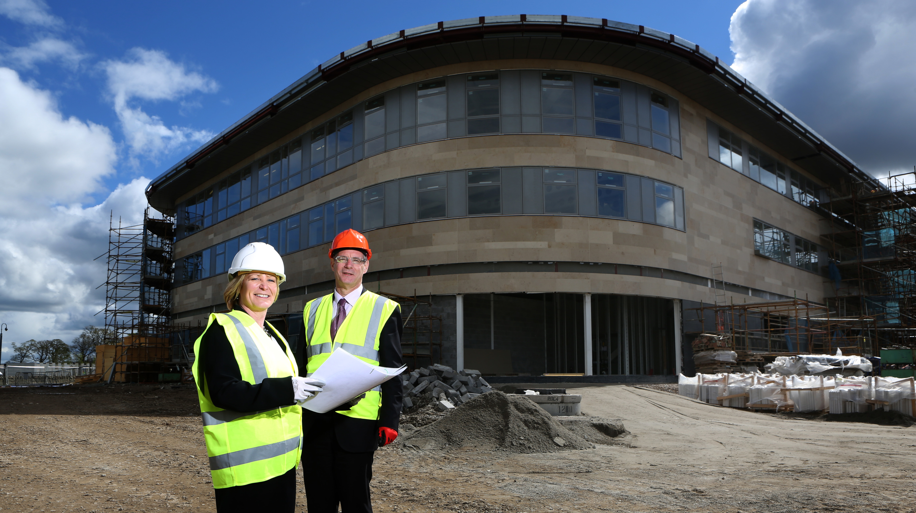 Inverness principal Diane Rawlinson and David Martin MEP have preview of Inverness College building work