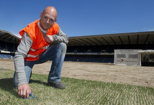 Dutch experts have started work on Murrayfield's pitch