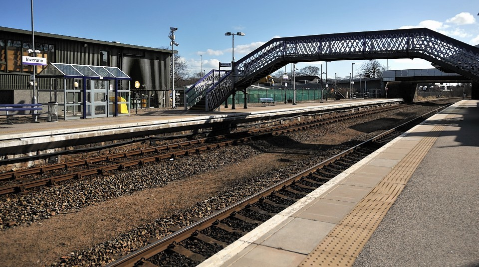 Scotrail will improve waiting facilities at Inverurie Sation.