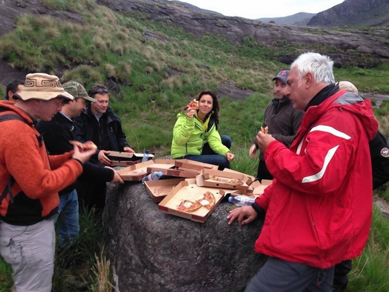 Julia Bradbury with the pizza she had ferried to the island