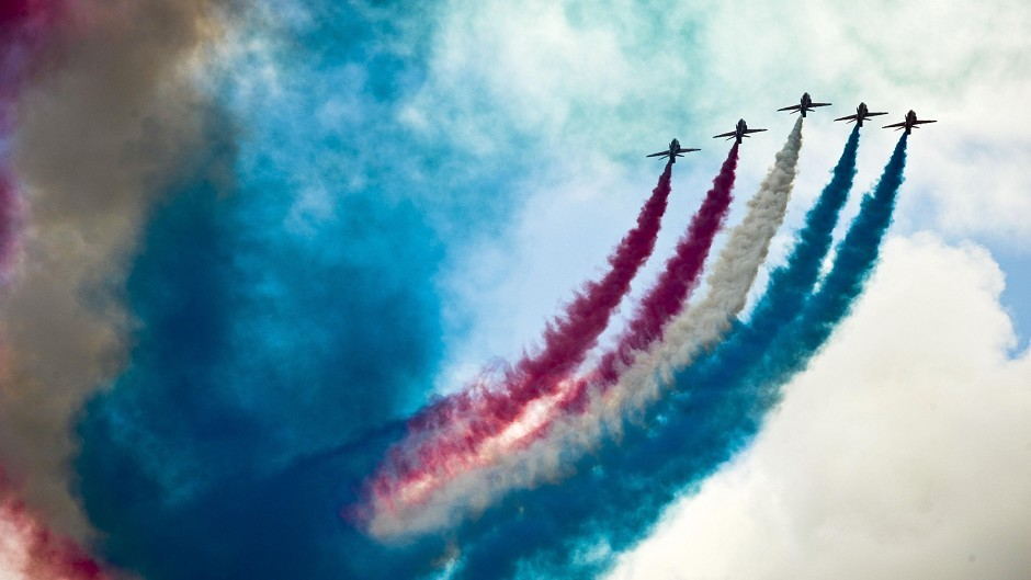 The Red Arrows will put on a display to mark the 150th anniversary of Stornoway Port Authority