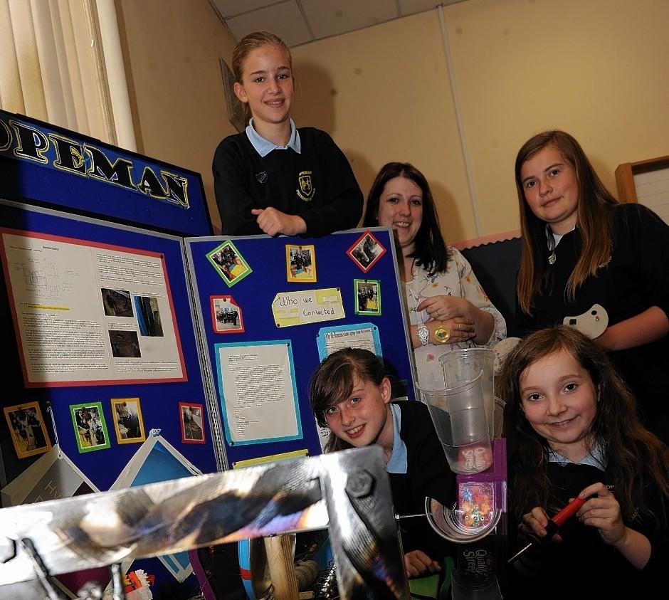 Hopeman Primary School pupils