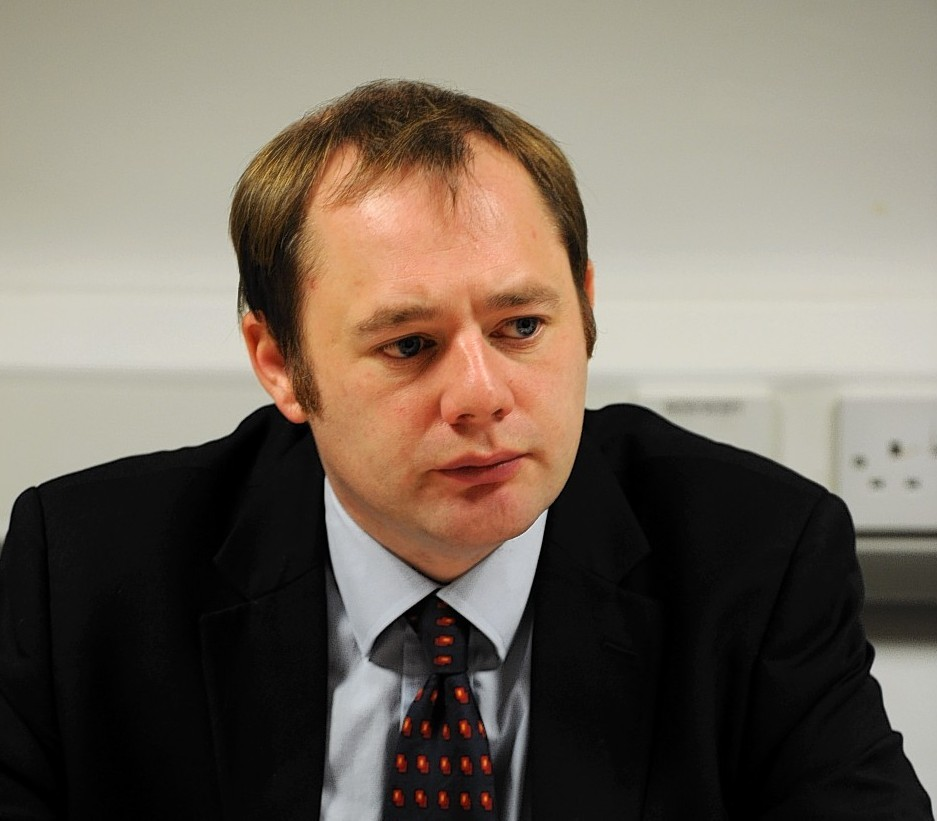 Labour MSP Richard Baker has urged NHS Grampian to fully investigate the incident