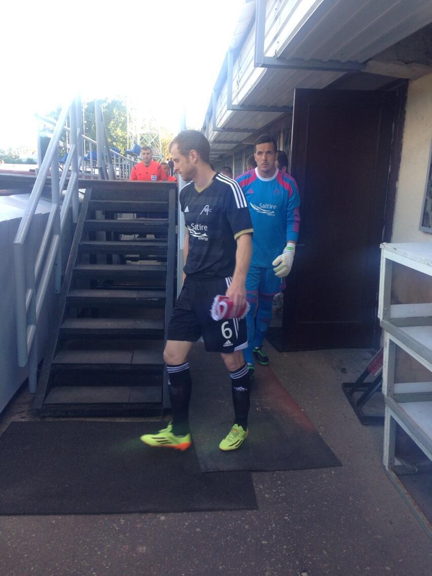 Mark Reynolds in the new Aberdeen away strip