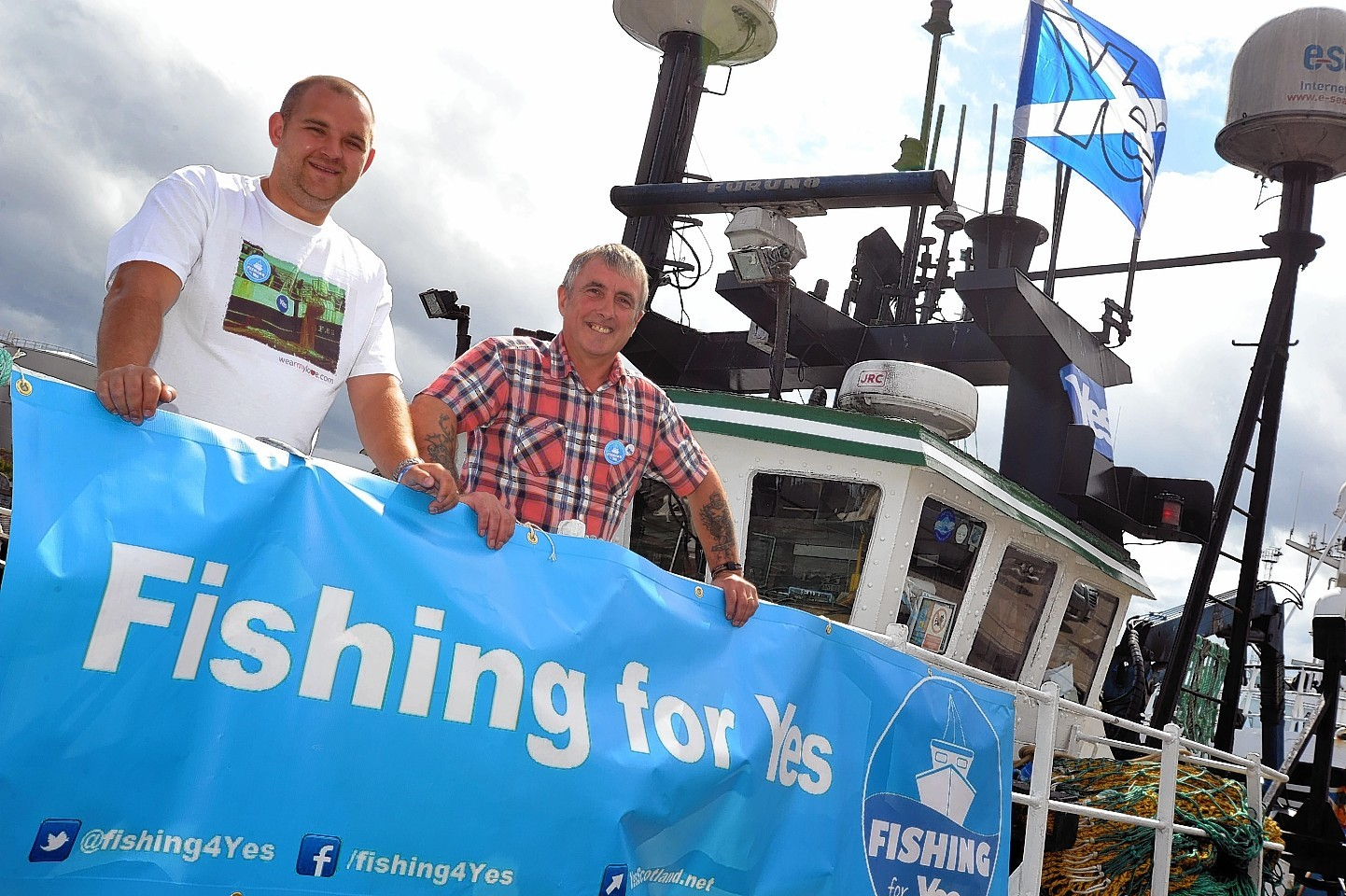 Skippers David Gatt, left, and Brian Buchan are backing the Yes campaign