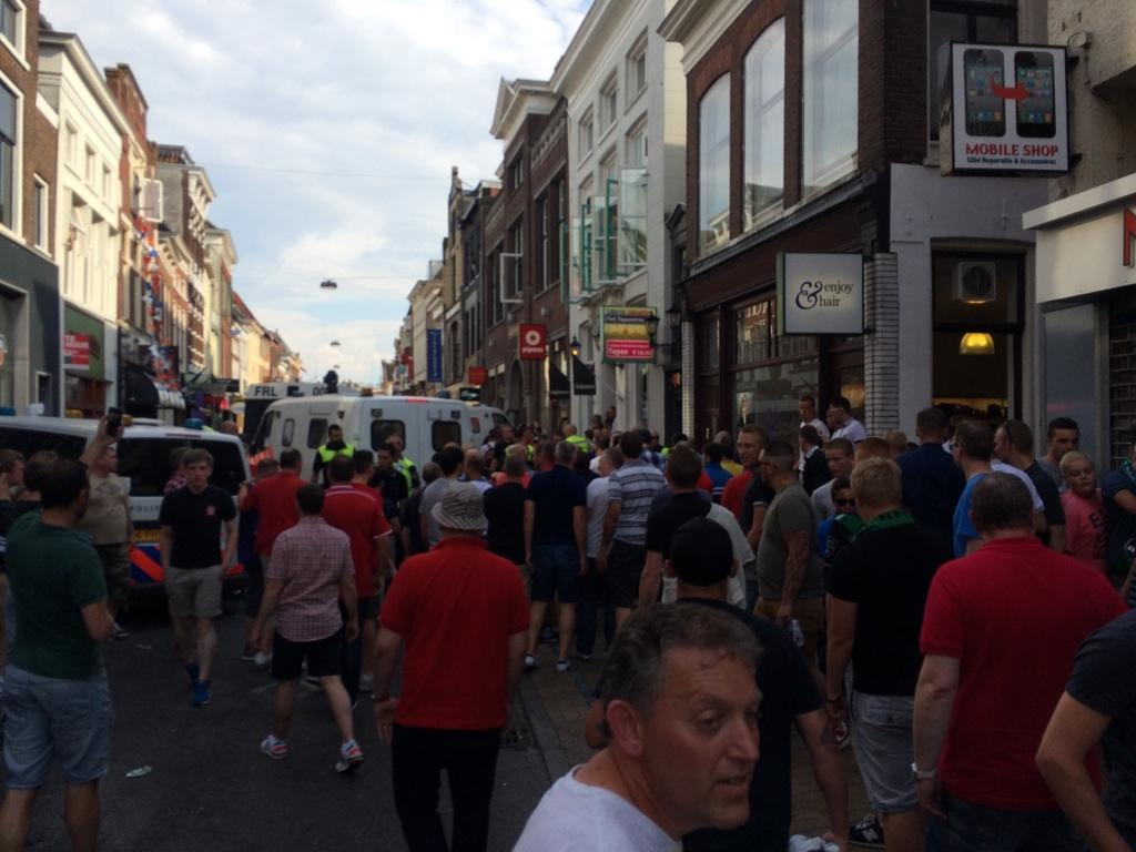 Dons fans under attack in Holland