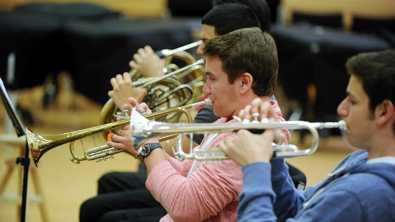 ISO Symphony rehearse in Aberdeen university's MacRobert Building. Credit: Colin Rennie.