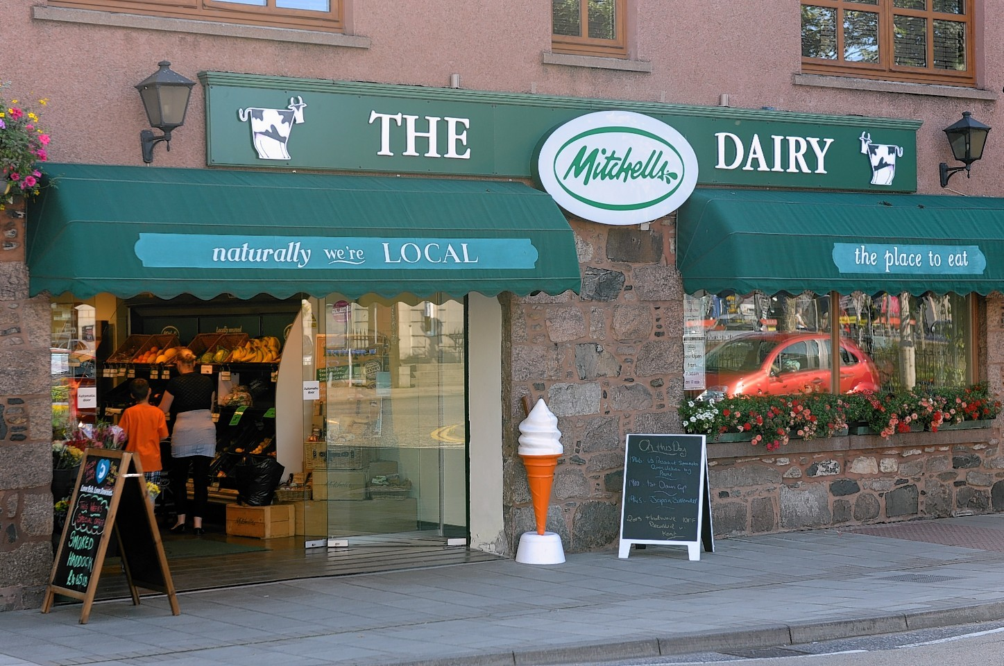 Mitchell's dairy has announced it will close on 26 October
