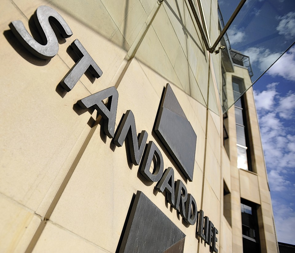 Standard Life denies it is looking for London-base for HQ.