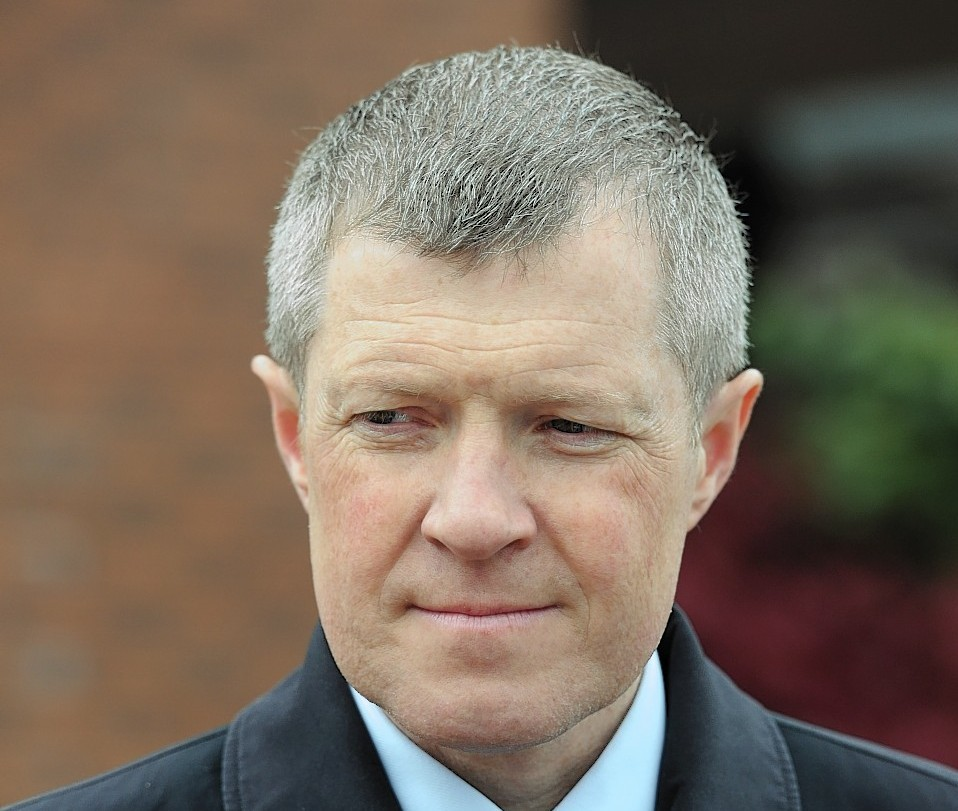 Scottish Lib Dem leader Willie Rennie accused SNP of rejecting  olive branch.