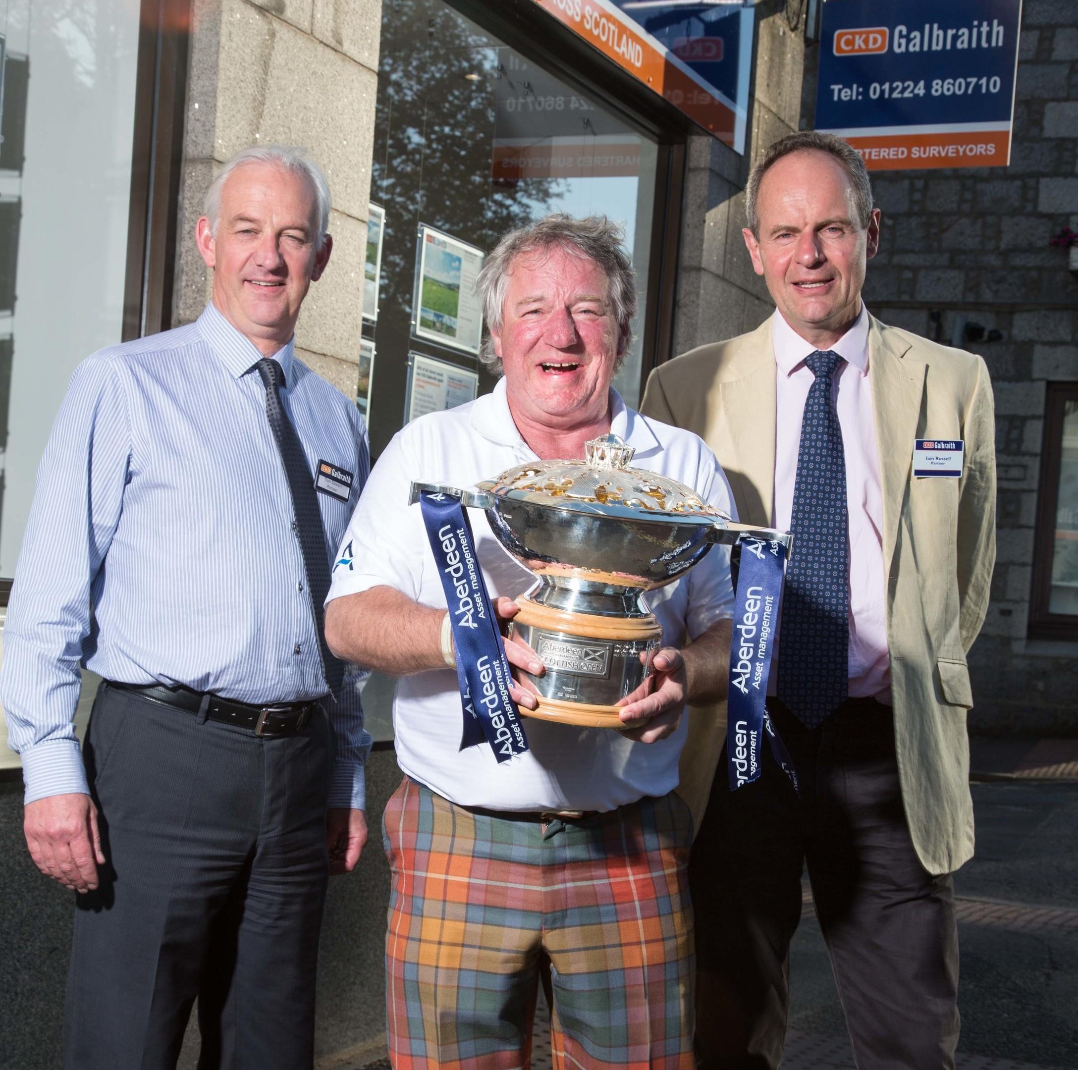 L-R: Partner Tom Stewart, Martin Gilbert, chief executive of Aberdeen Asset Management, and CKD Galbraith chairman Iain Russell.