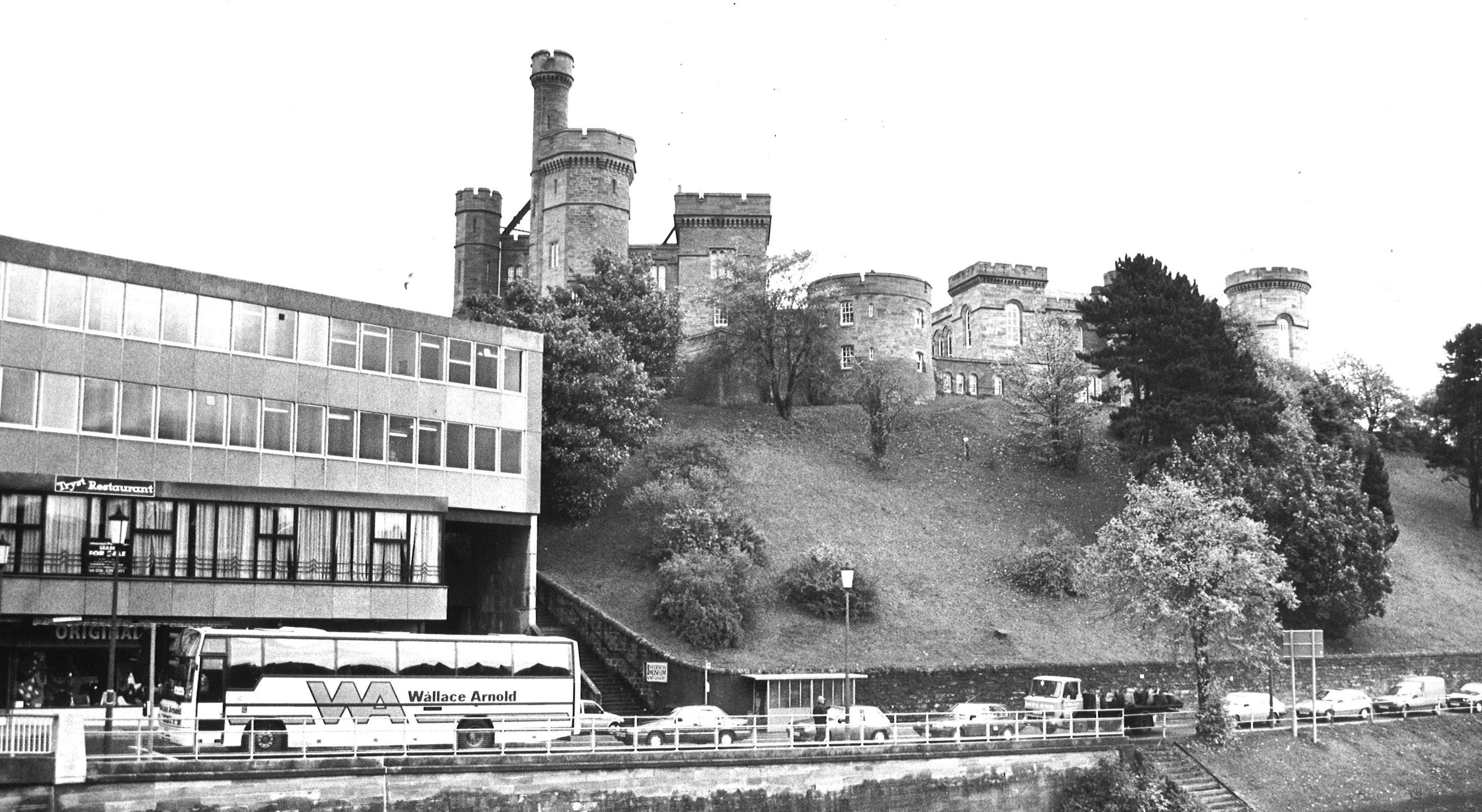 Inverness Castle, 1989