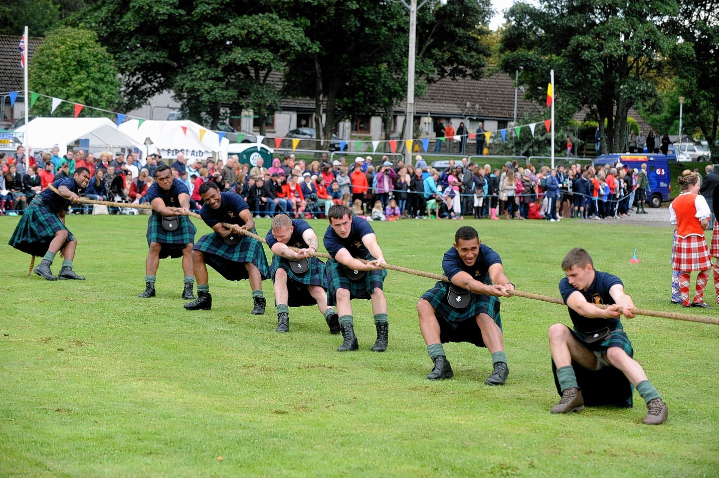 The tug o' war at Ballater Highland Games
