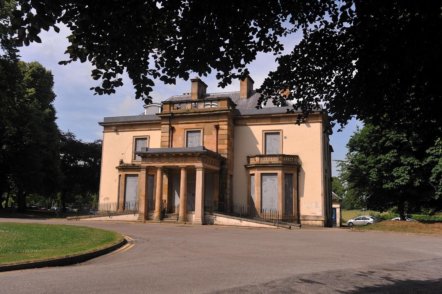 Cooper Park Grant Lodge
