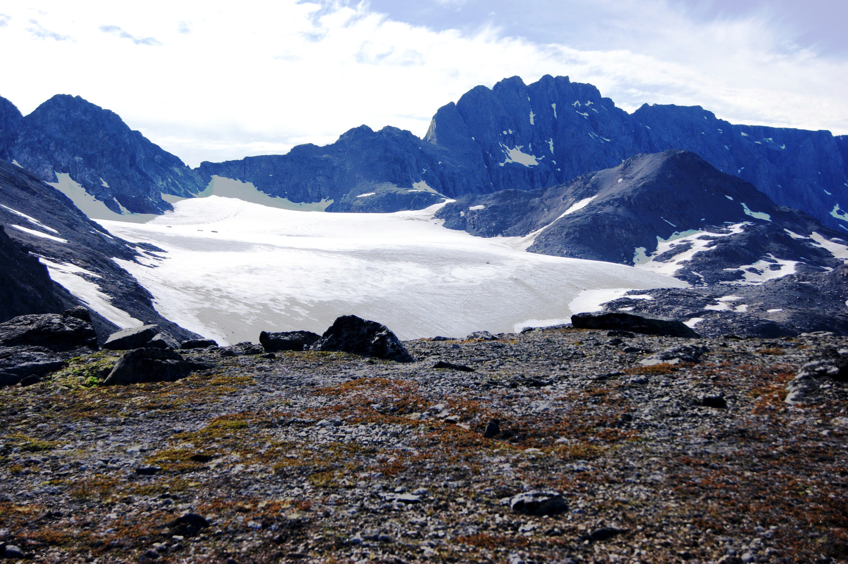 Experts from Aberdeen University have delved to the bottom of an Arctic