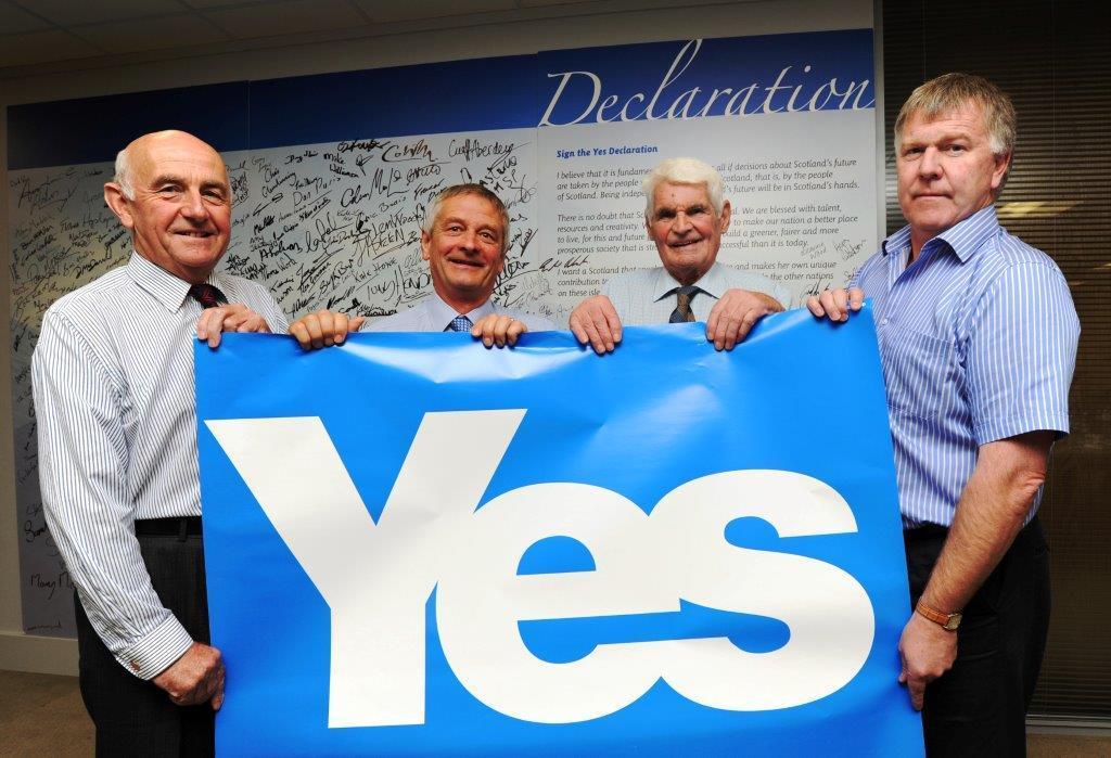 "Former NFU presidents  John Ross, John Kinnaird,   John Cameron and Jim Walker are backing a ""yes"" vote."