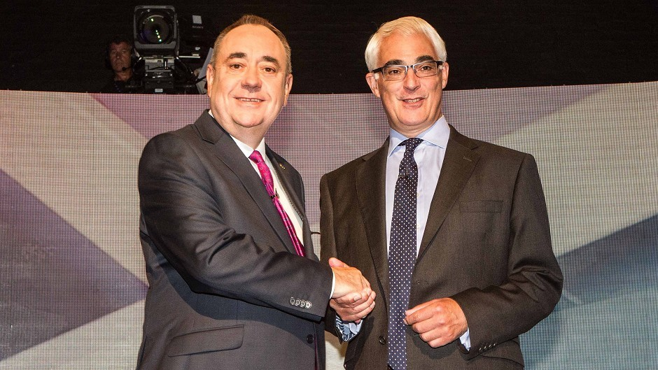 Scotland's First Minister Alex Salmond and leader of the pro-UK Better Together campaign Alistair Darling at a TV debate (Devlin Photo Ltd/PA)