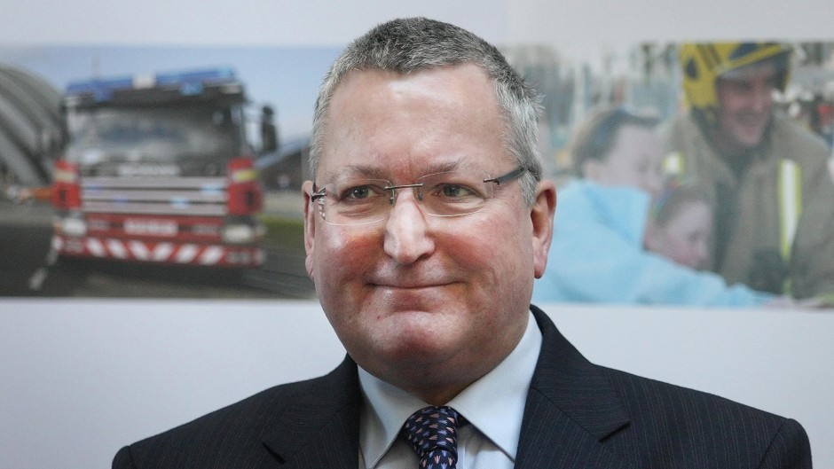 Fergus Ewing called on companies to sign up to the statement of principles which was developed by the Parcel Delivery Working Group last year
