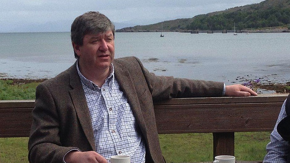Scottish Secretary Alistair Carmichael has renewed calls for the national voting age to be lowered.
