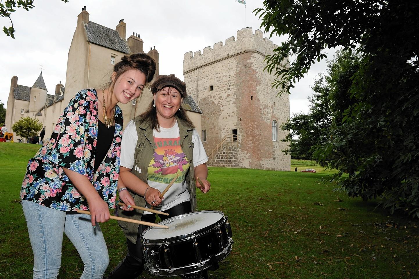 Drum Castle drummers