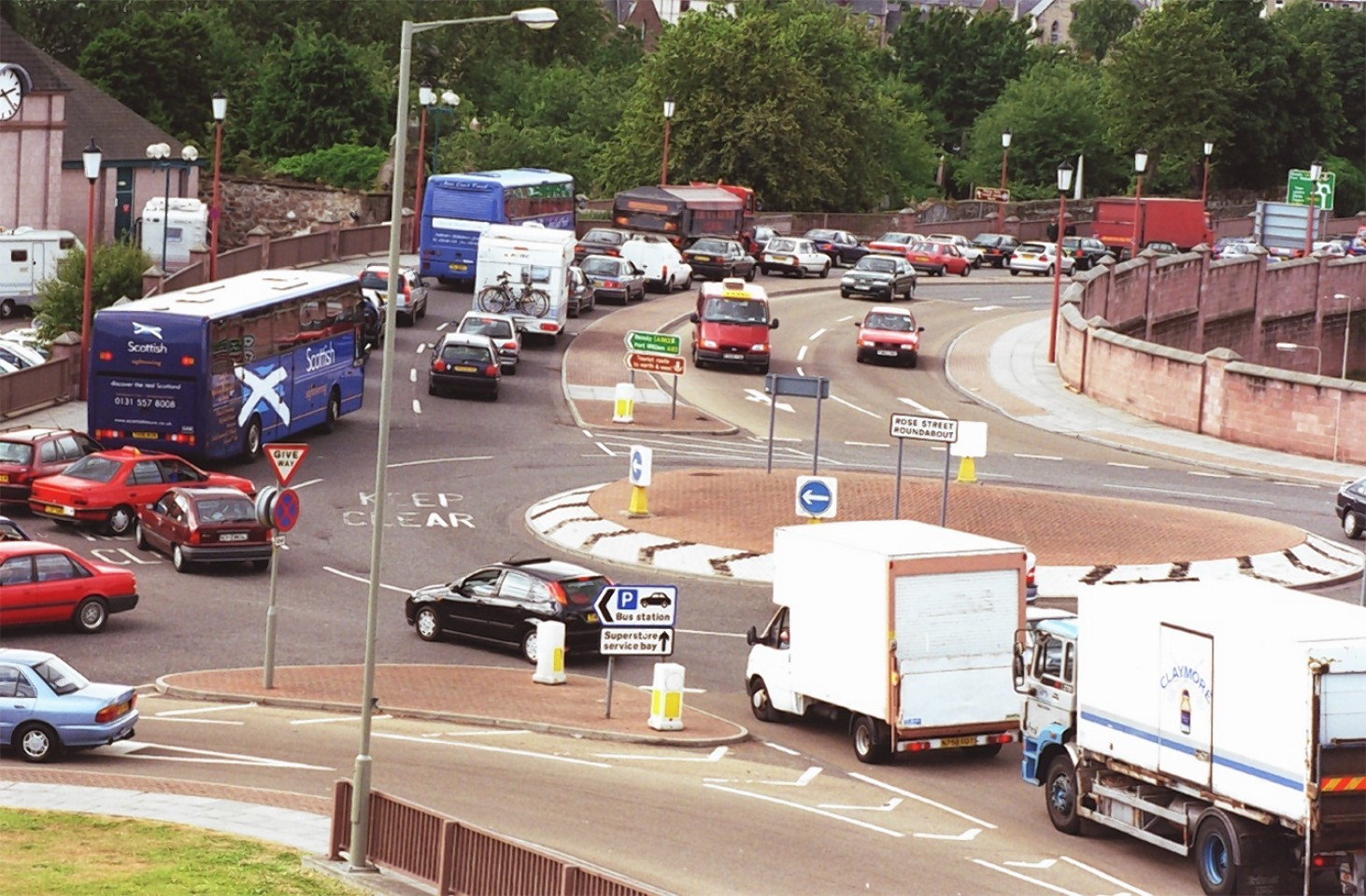 Rose Street roundabout