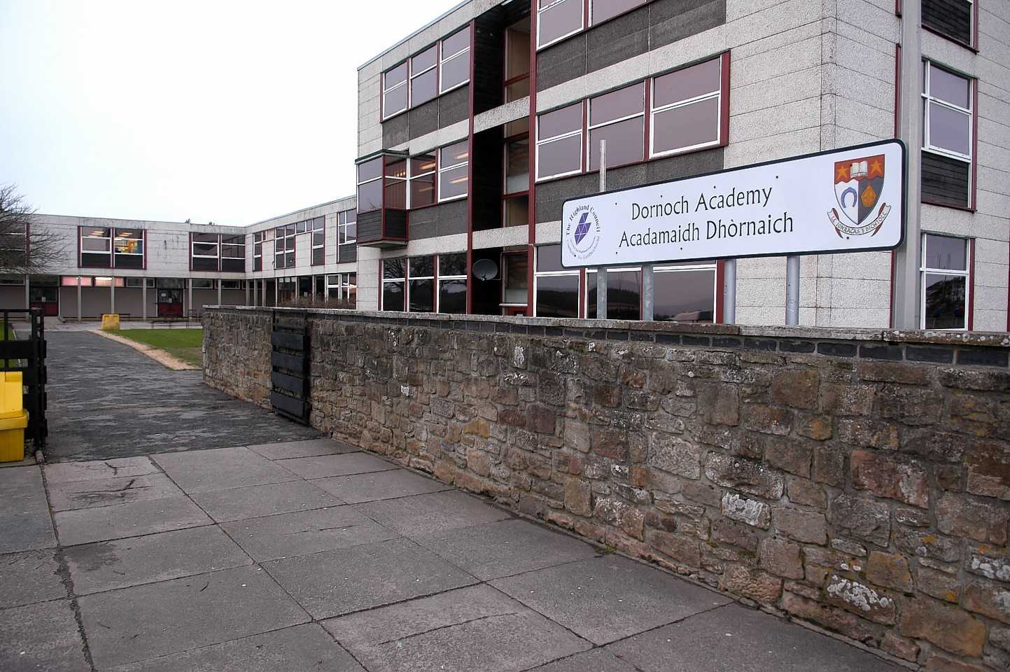 Positive Covid-19 case identified at Highland school