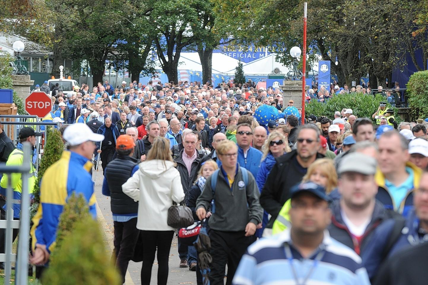 Gleneagles crowds