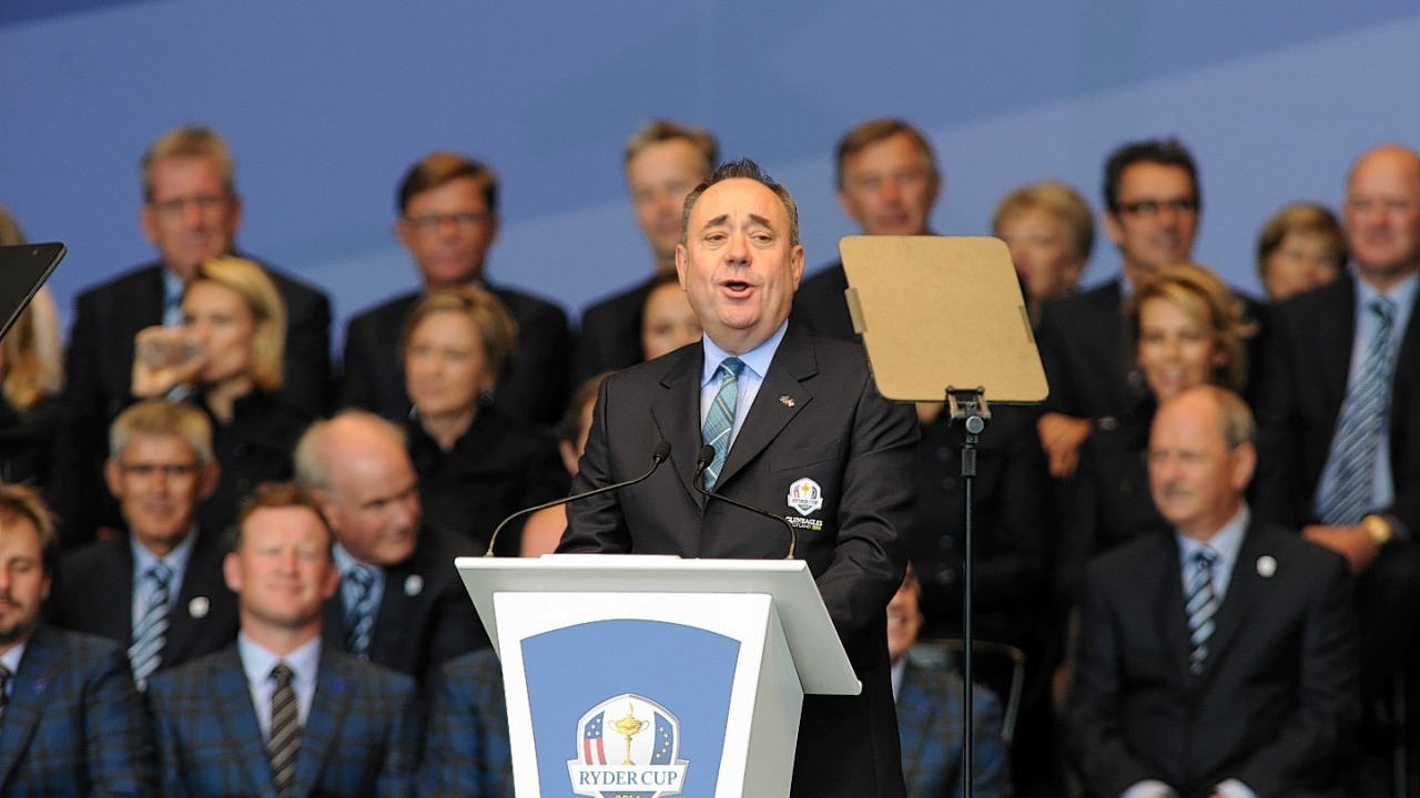 First Minister Alex Salmond welcomed the masses to Scotland