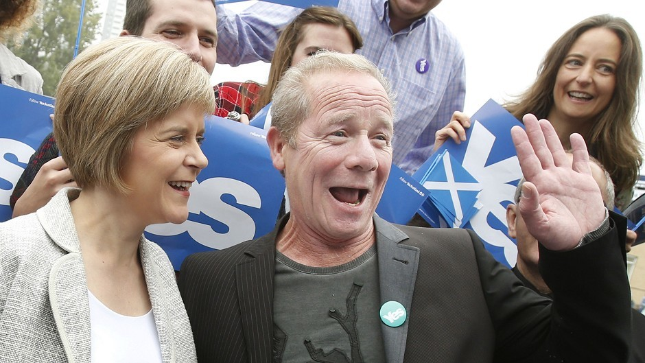 Deputy First Minister Nicola Sturgeon is joined by actor Peter Mullan on the campaign trail
